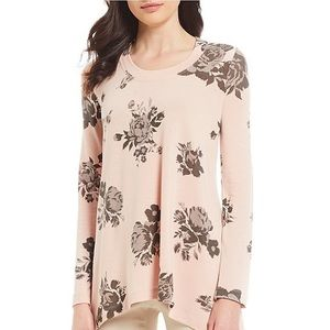 NWT Chelsea and Theodore Floral Printed Blouse S